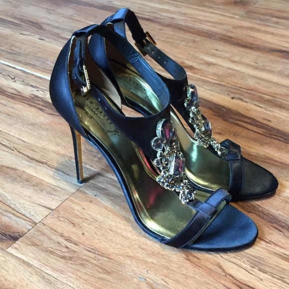 5c7689f2a74d94 Ted Baker Embellished Heeled Sandals. M 5aeb7d225512fd1c839840c2